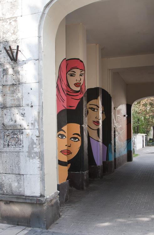 Murals-immigrants