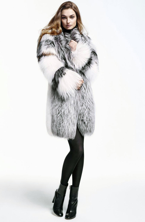 Yves Salomon fur coat zł. 9,785