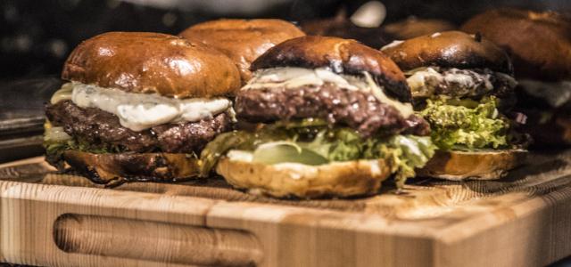 Famous Five: Burgers