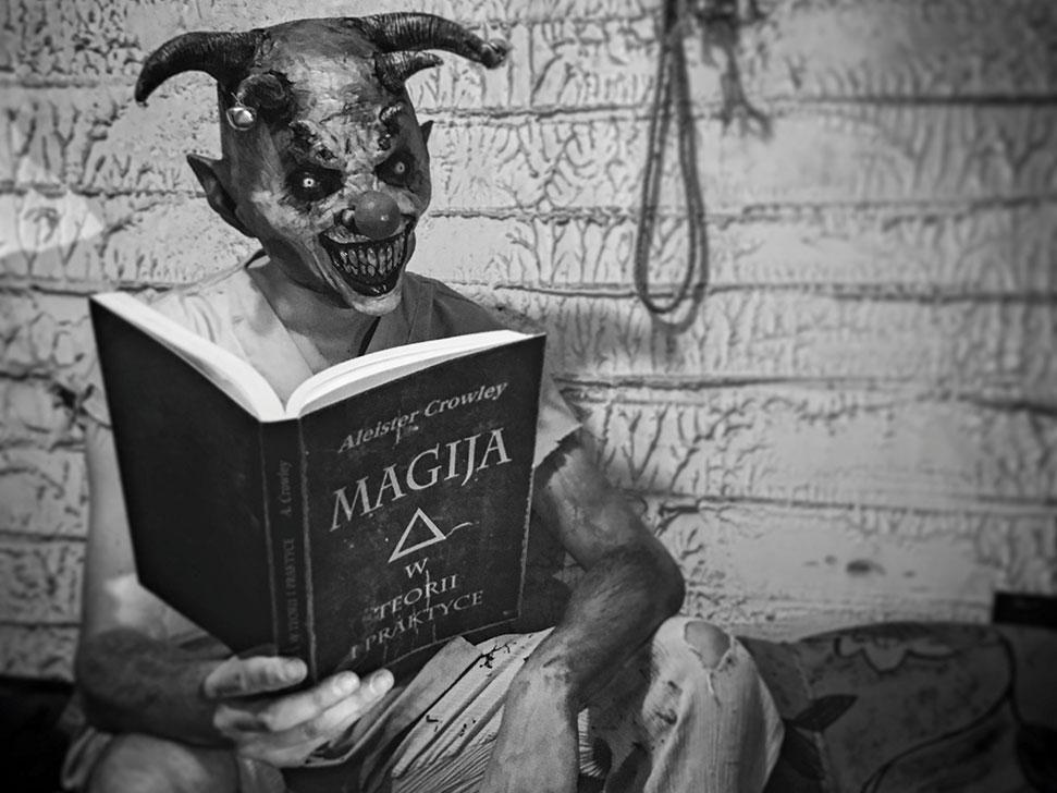 horror_house-2