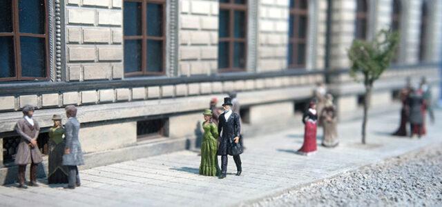 Miniature Park Returns!