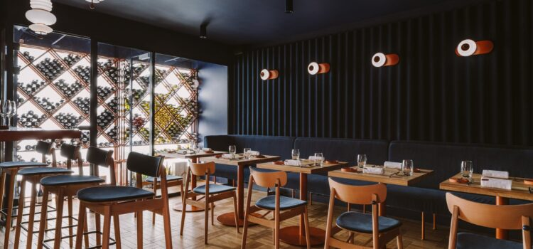 Wallpaper Hails Warsaw Restaurant